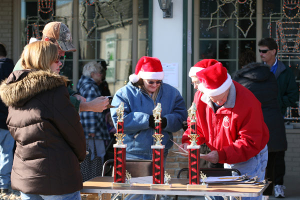Thank You To Everyone Who Submitted An Entry For The Opportunity To Be Selected As One Of Three Santa Claus Christmas Parade Judges