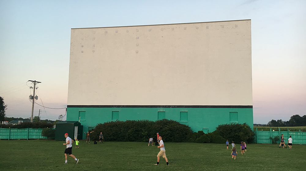 Drive In Reo >> Holiday Drive In Movie Theater In Reo Indiana