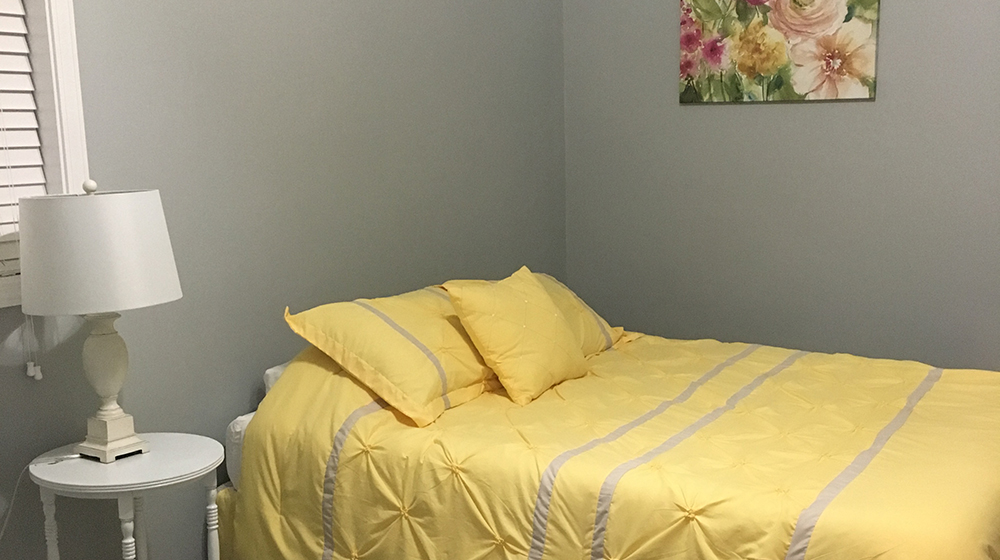 Alpha Air Vacation Rental Yellow Bedroom