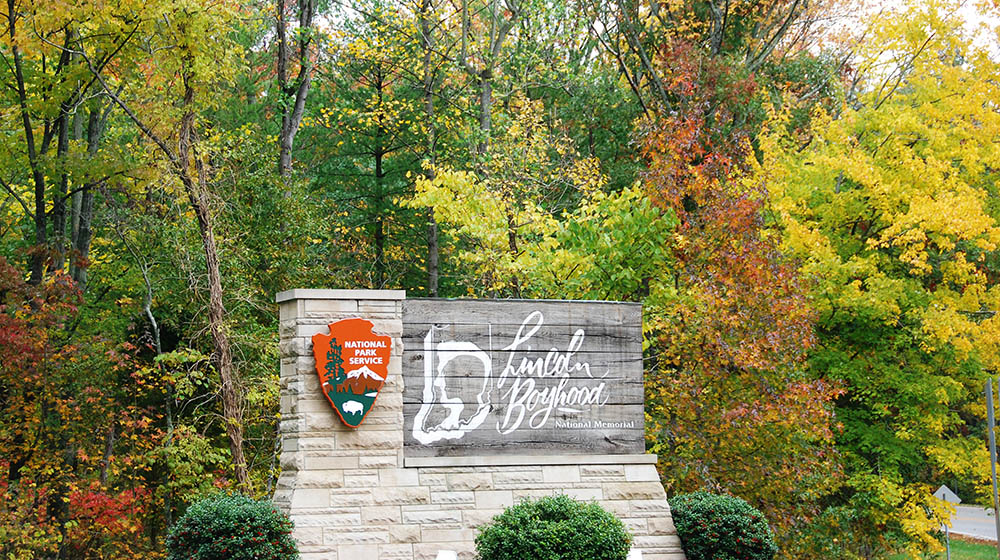 Lincoln Boyhood National Memorial Entrance sign Fall 2019 Feature Photo