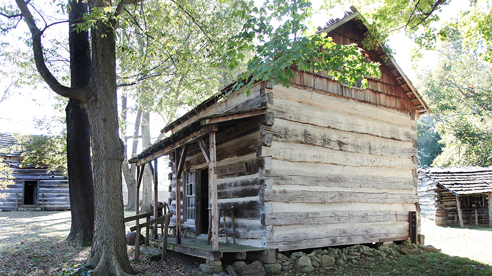 Lincoln Pioneer Village and Museum Cabin Fall Feature Photo2019